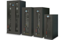 Ein Bild der Gehäusevorderseite der USV Serie Multi Sentry von Riello Power Systems